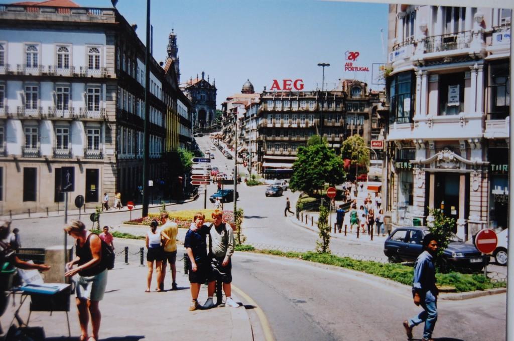 Den livliga och trevliga staden Lissabon