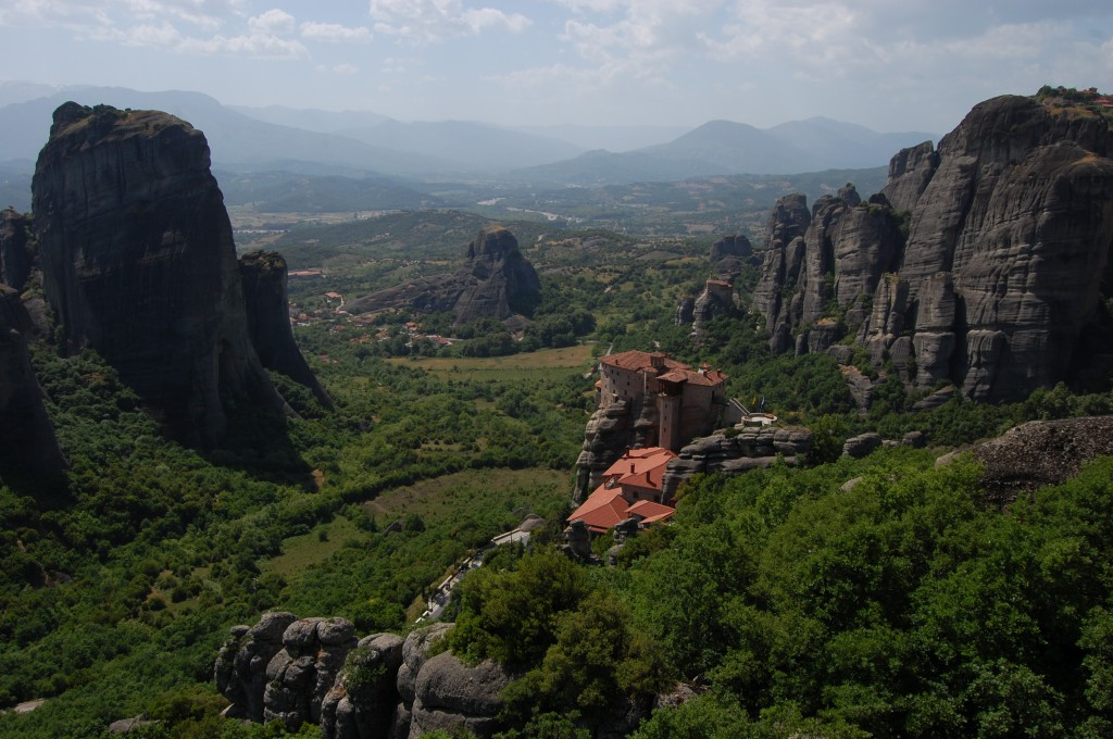 I Meteora finns vandringsleder mellan topparna o fina mål