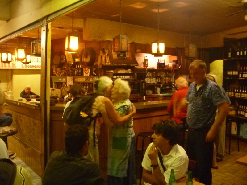Kaffeet i gamla saluhallen
