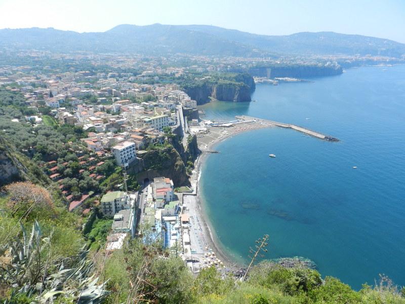 Mot Sorrento på fina kustvägen från Stabia