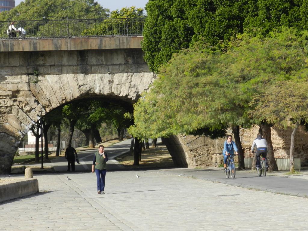 Fin gång- och cykelväg i Sevilla