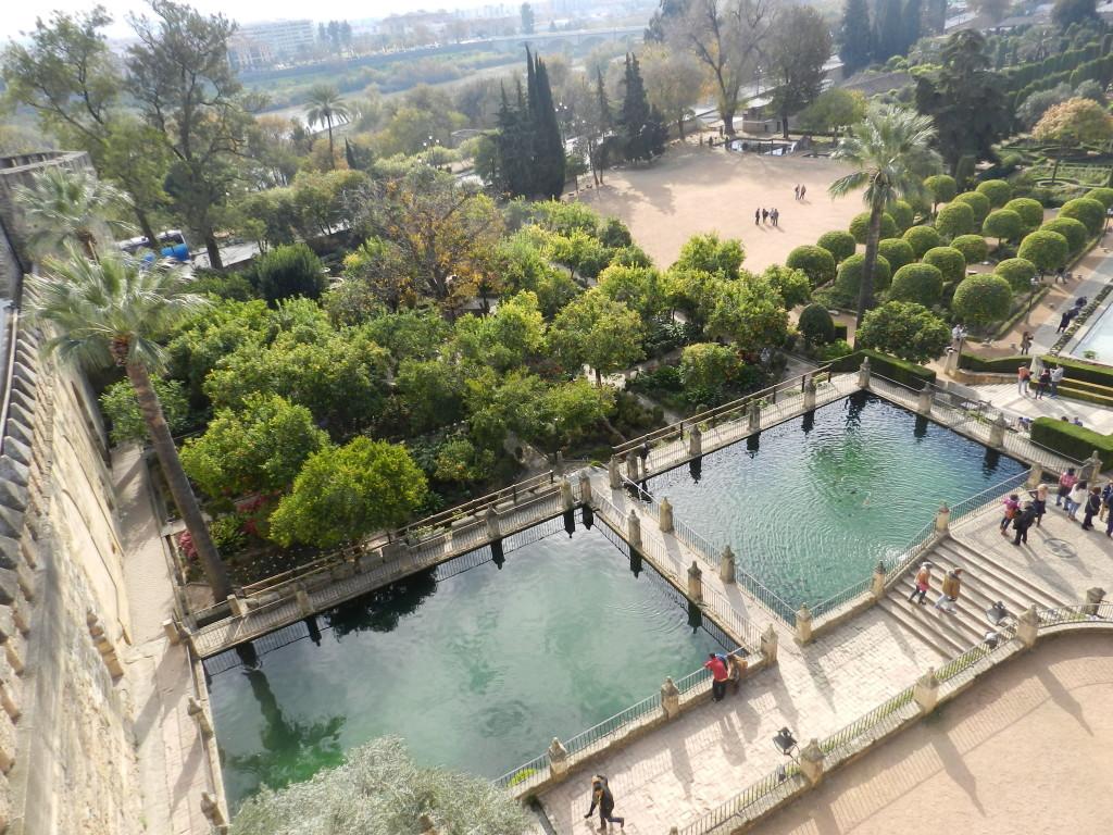 Enormt fin park till Rey Alcazar