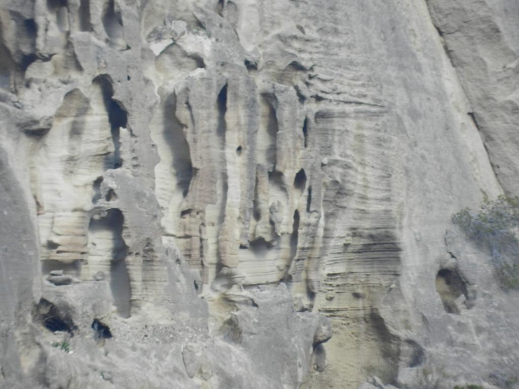 Märkliga urgröpta berg
